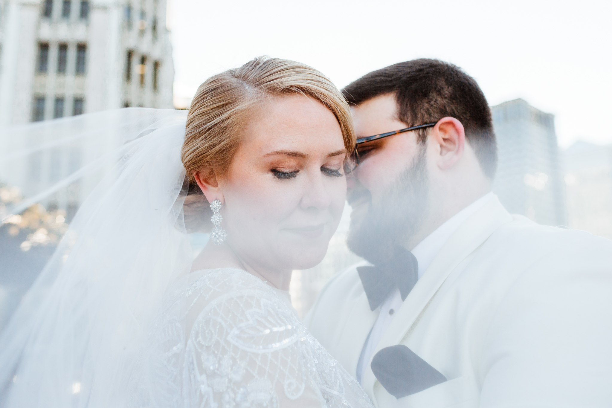 Bride and Groom Veil shot downtown Chicago