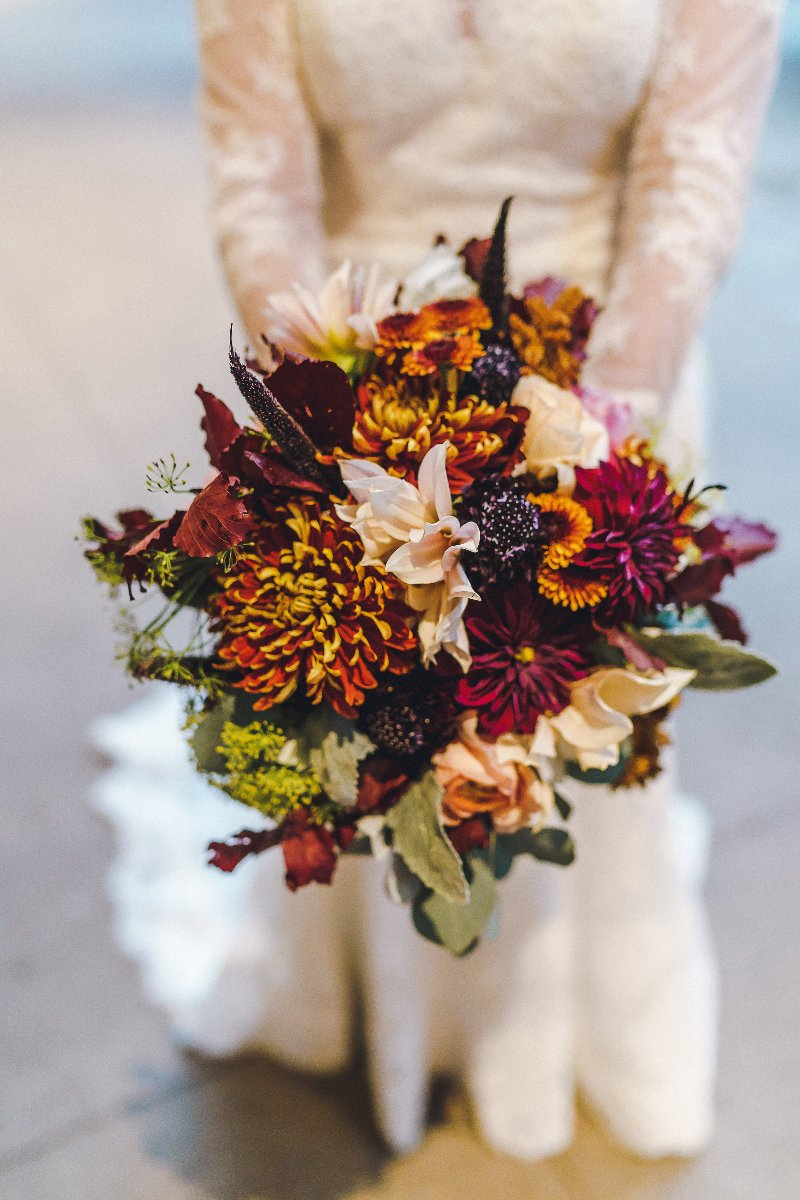 Fall floral detail in a bridal bouquet